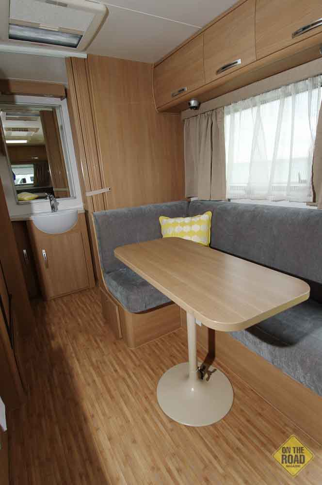 Jayco Starcraft 16 51 3sc On The Road