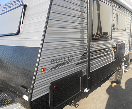 "Billabong Grove 17'6"" Caravan"