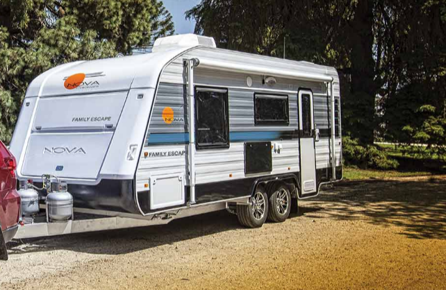 Family Escape Nova Caravan