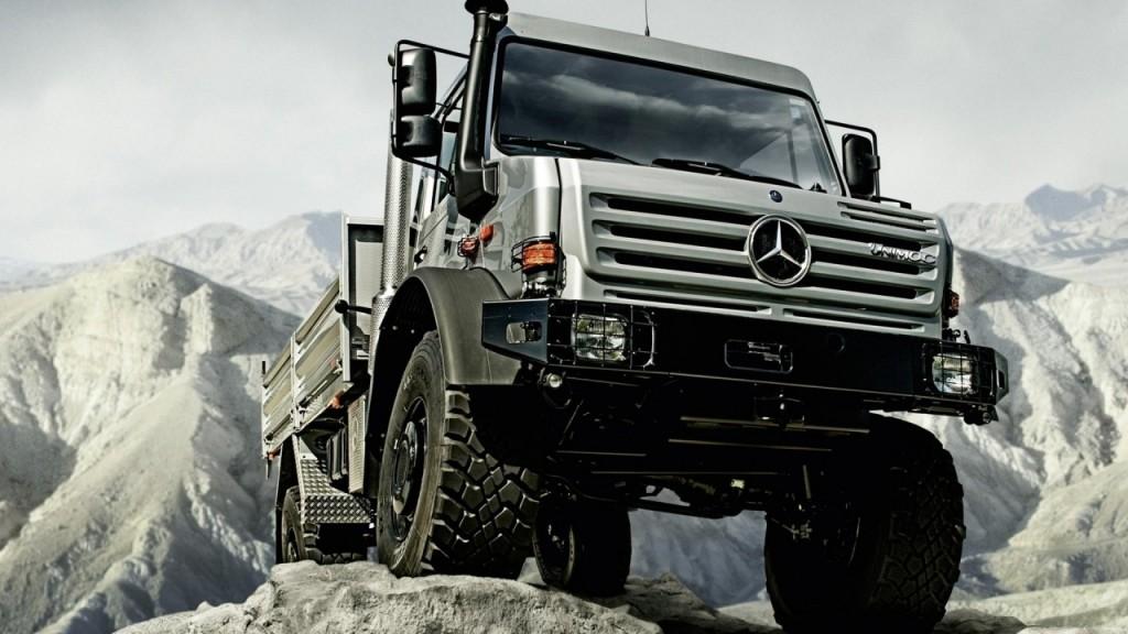 SLR Unimog U5000 4x4