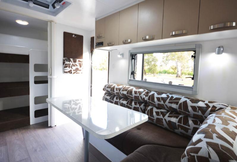 Metrolink_Nova Caravan Interior