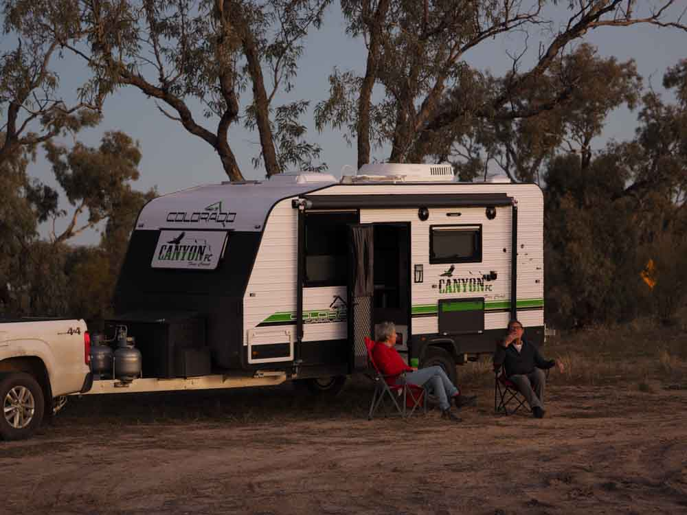 "7eec305dfe Colorado Canyon Free Camp 16 6"" - On The Road -"