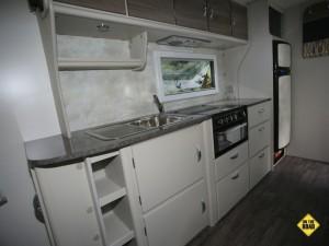 Jurgens Lunagazer J24 kitchen