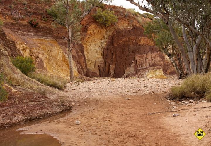 Ochre pits - Central Australia