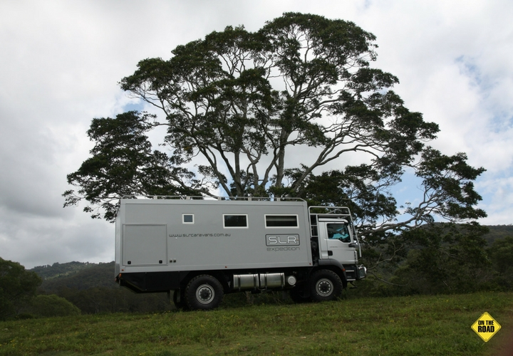 External side view of SLR Commander 4x4 Expedition
