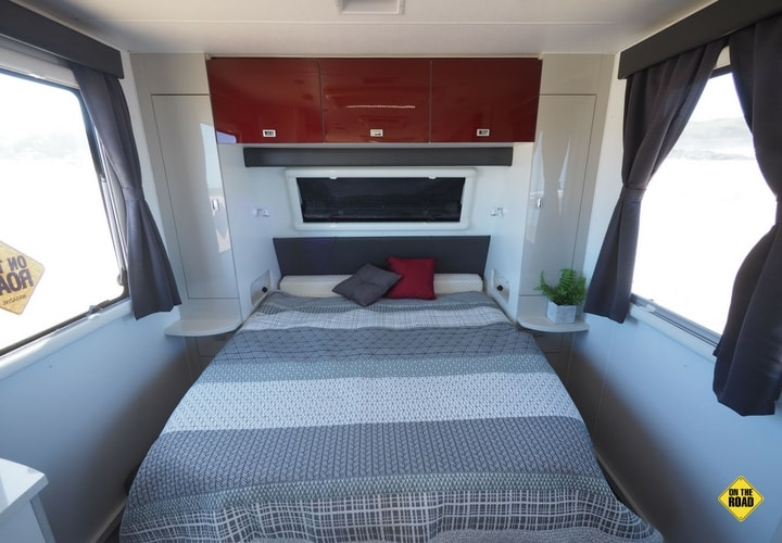 Coromal Pioneer XC 612 bedroom