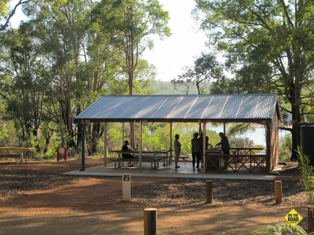 camp kitchen at Potters Gorge