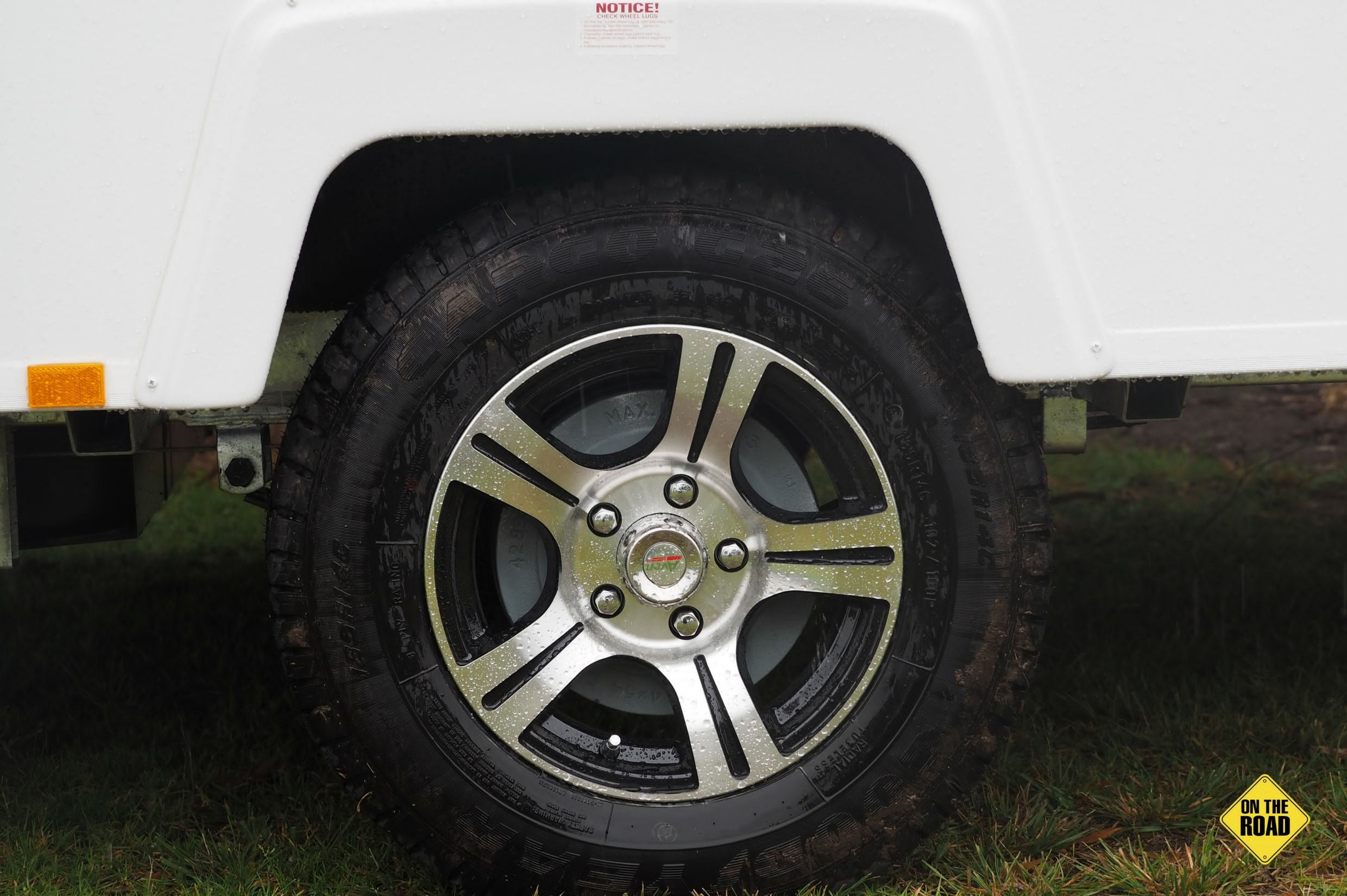 14 alloy wheels with 185R light truck tyres