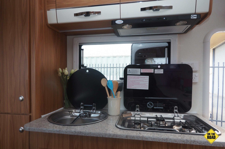 Avan Aspire 499 Bunk Kitchen