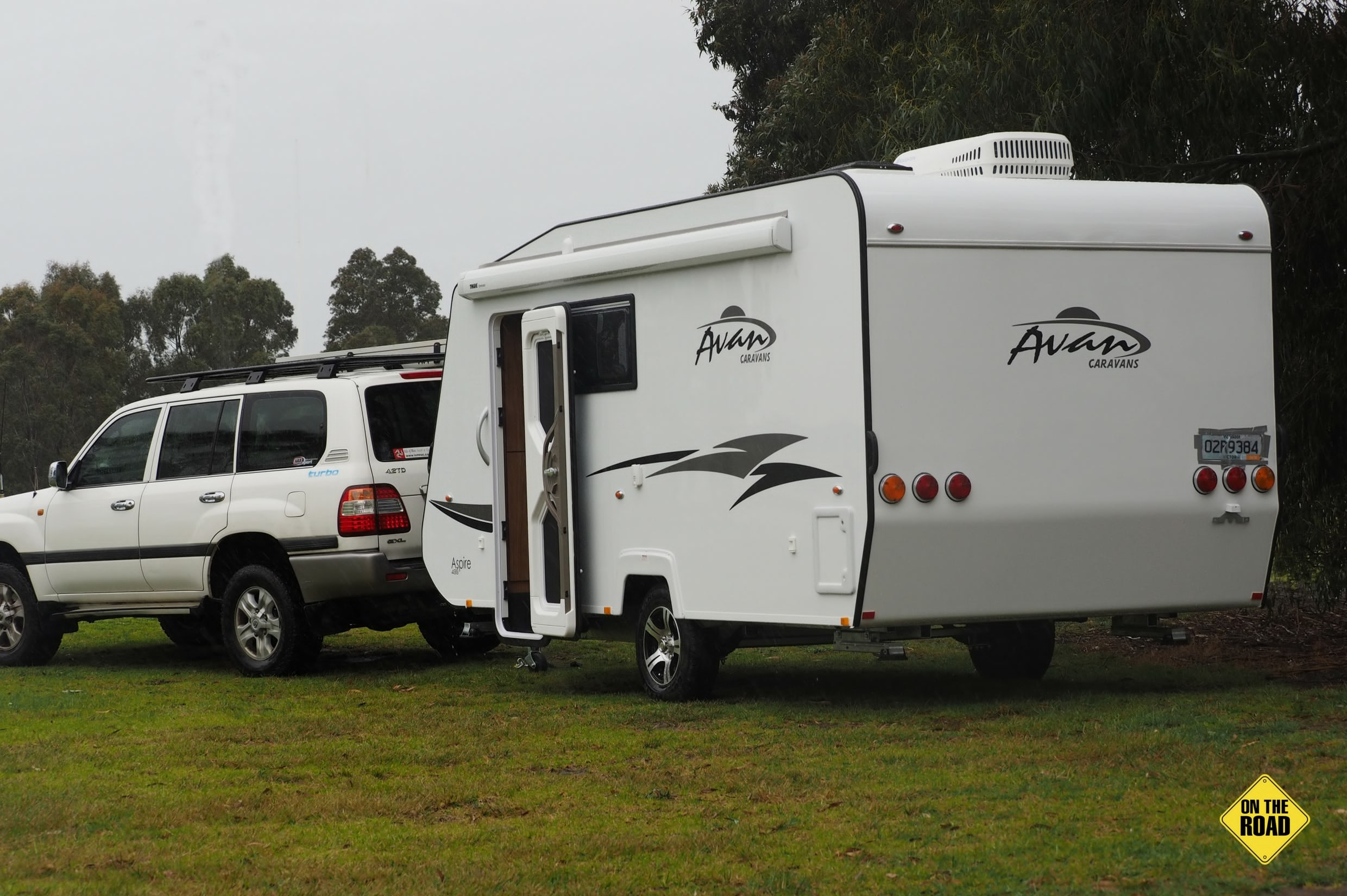 Avan Aspire 499 Bunk Rear View