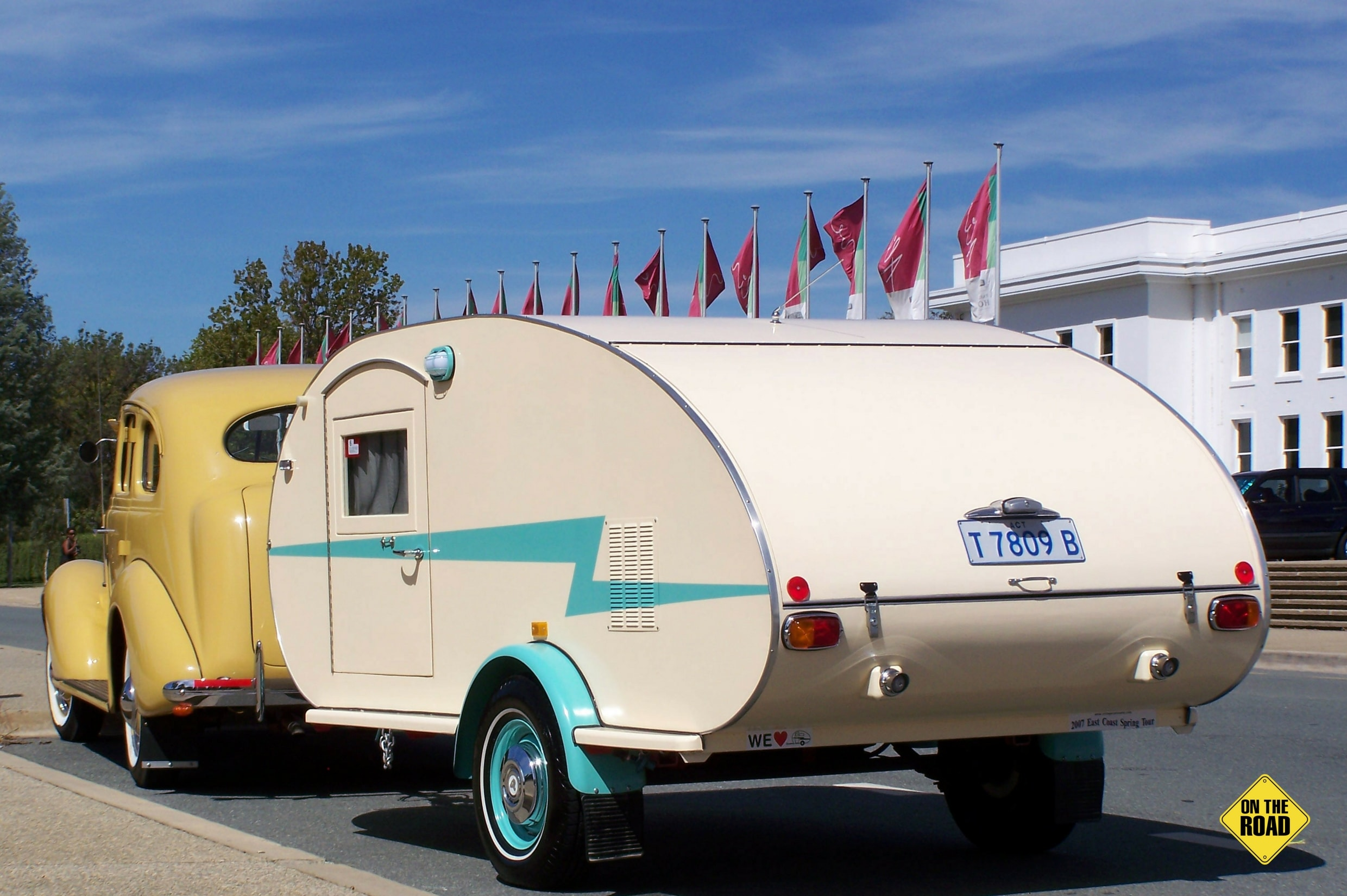 Retro Teardrop Van rear view