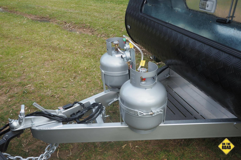 twin 9kg gas bottles
