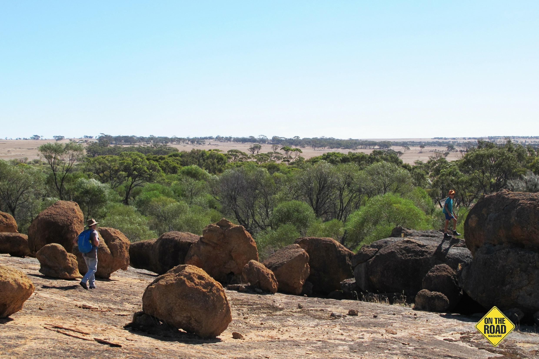Exploring Coarin Rocks, Kwolyin.