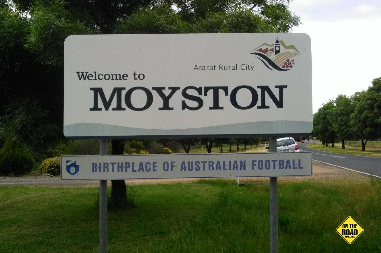 Moyston town sign