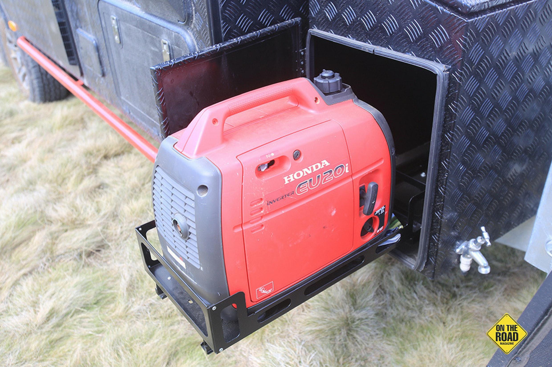 Jayco Adventurer 19.6-3 has a portable generator
