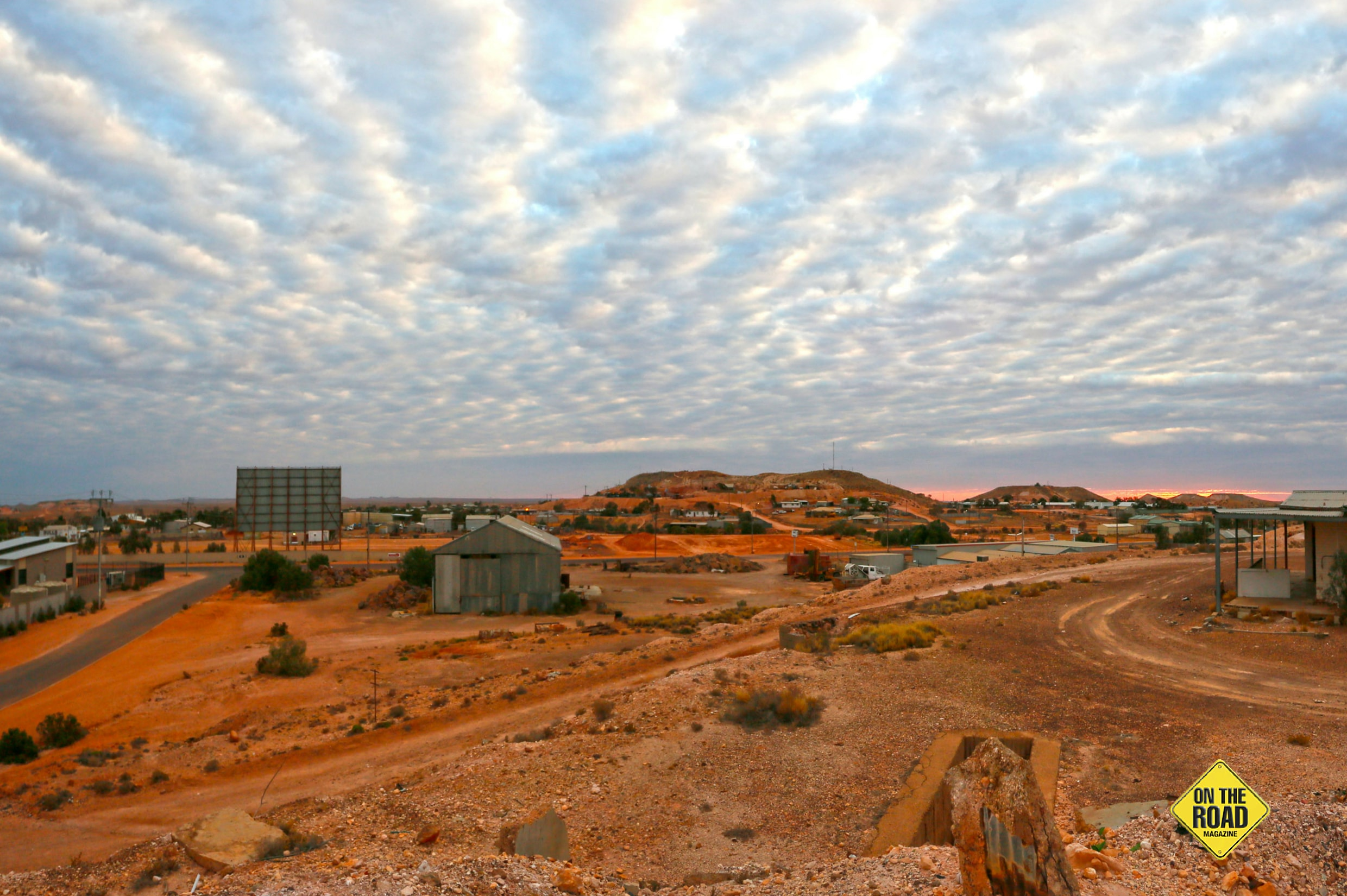 A Coober Pedy landscape at sunrise