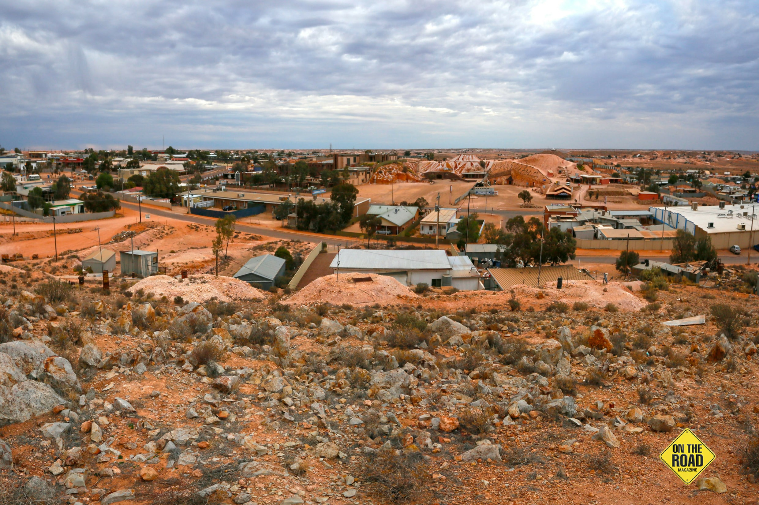 A view of Coober Pedy over Hutchison Street
