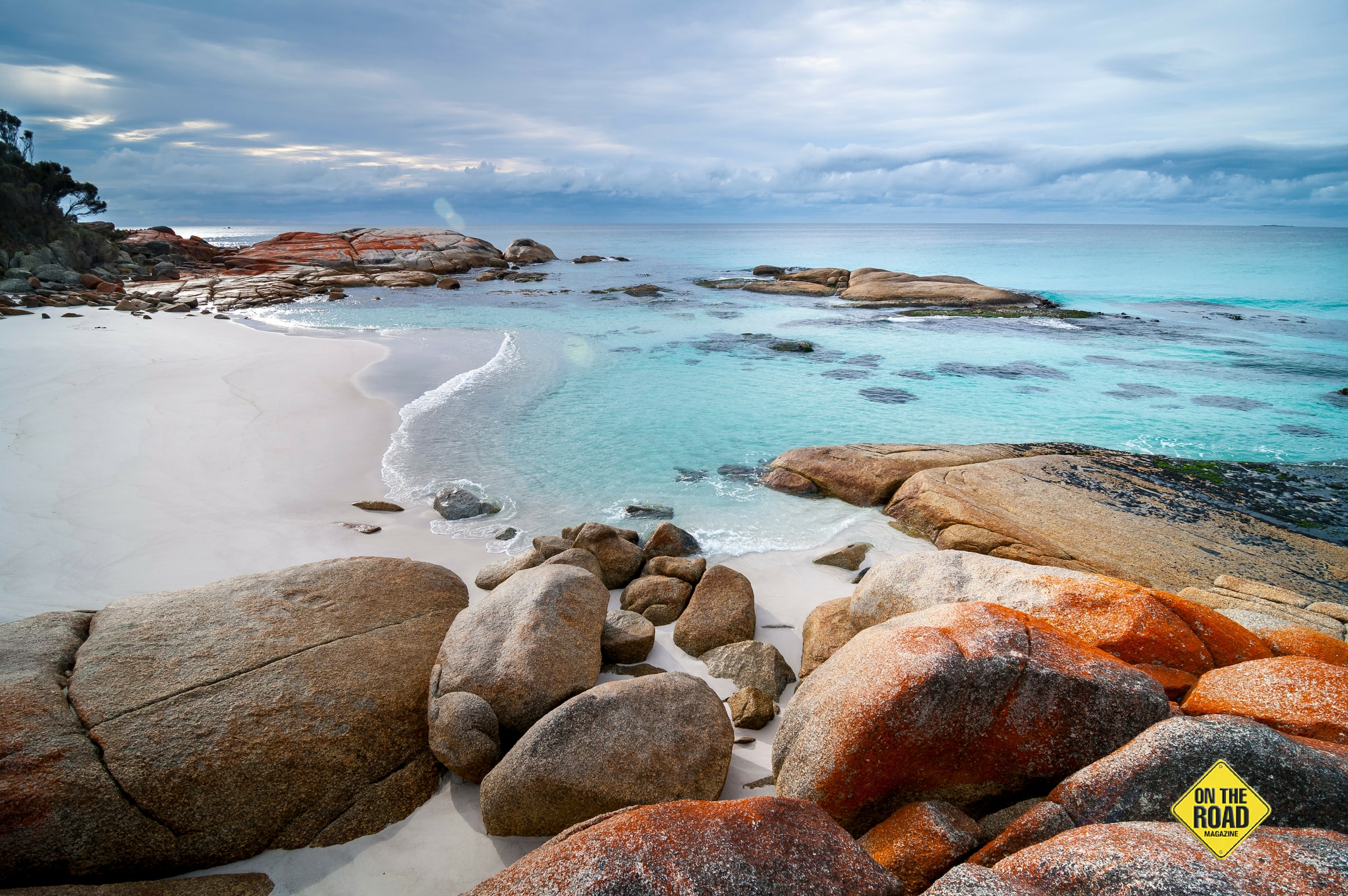 Free camp on the tricoloured shores of Tassie's Bay of Fires