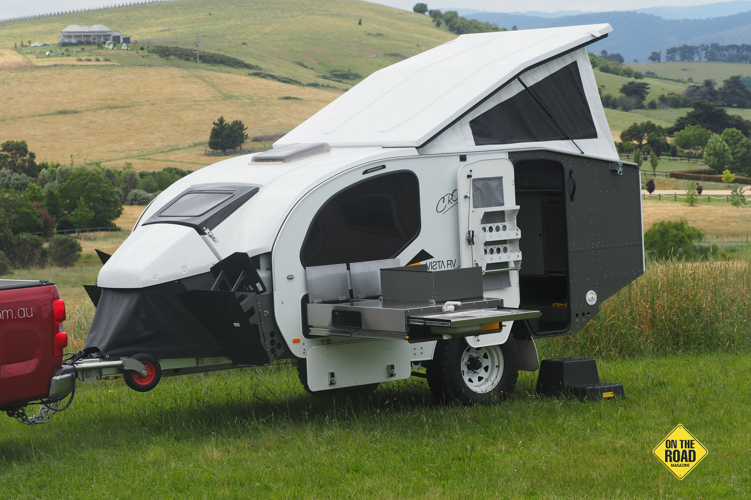 The Vista XLI is compact and easy to tow.