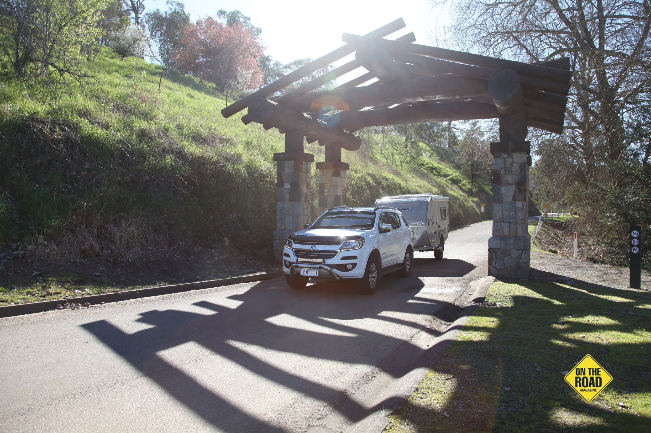 The impressive entrance to the Buchan Caves Reserve and Caravan Park-min