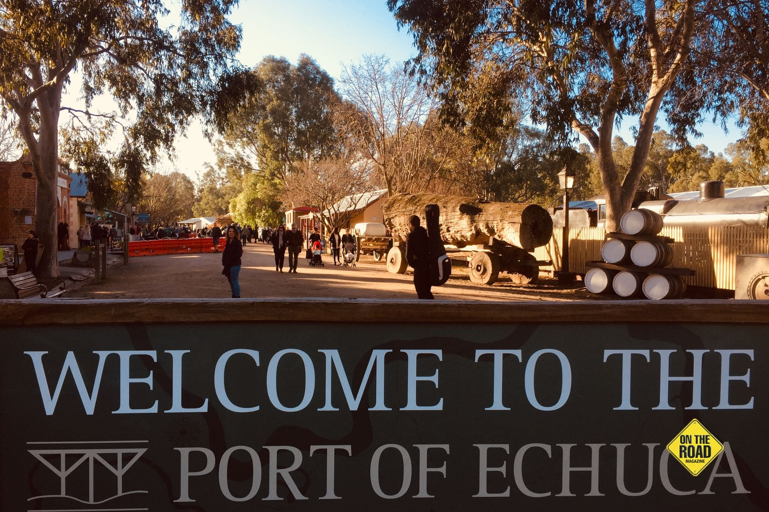 Welcome sign at Echuca