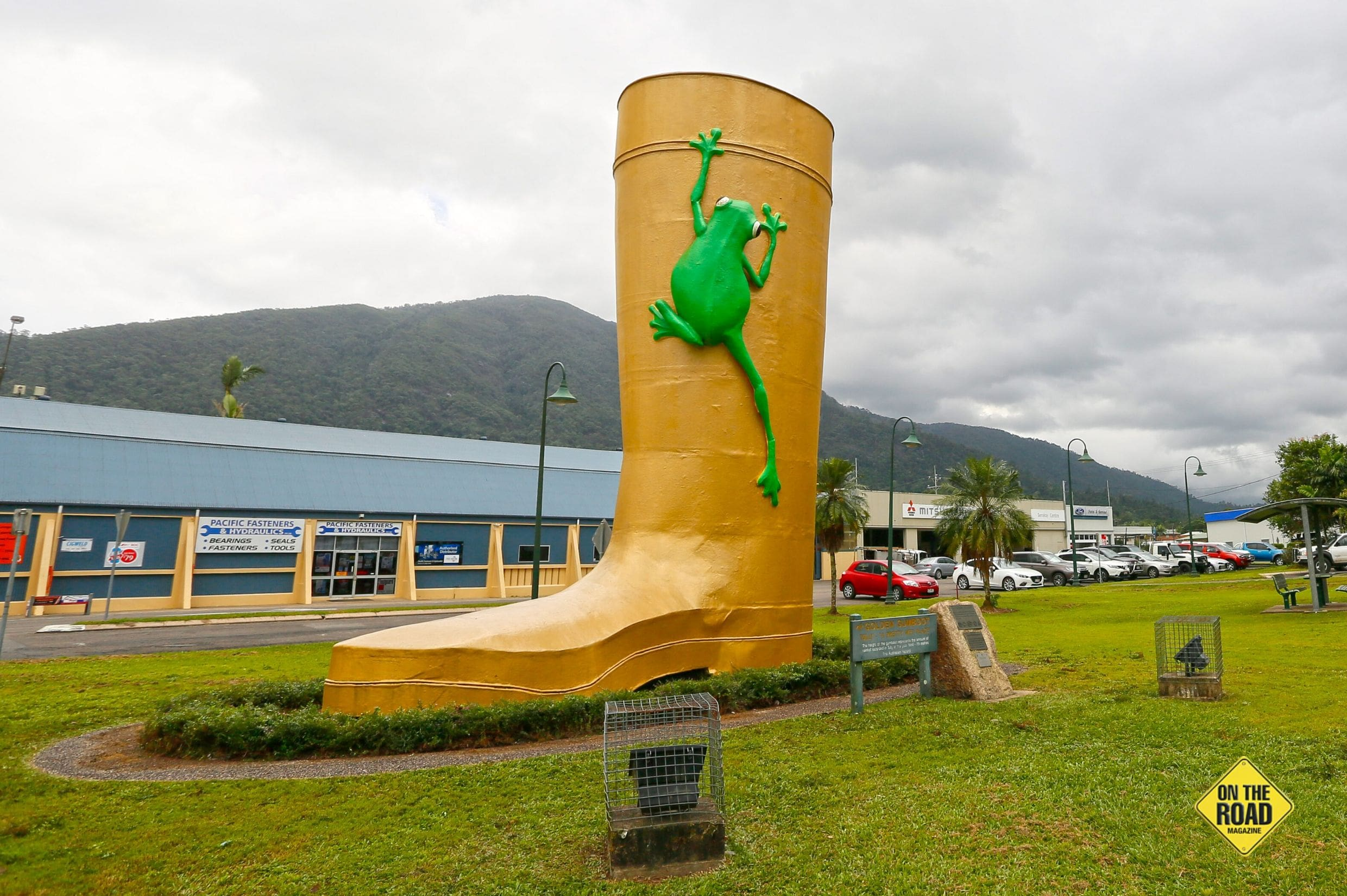 The Golden Gumboot with Mt Tyson rising in the background